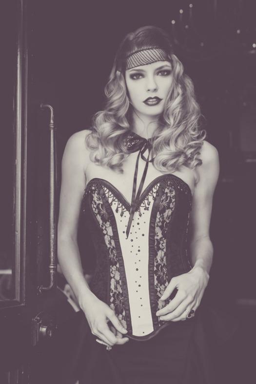 Titelle corsets byChristelle Cenatiempo.  Photo by Emmanuelle Choussy.