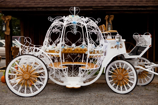Image of Bridal Savoir Faire 2013.  The Princess' Carriage.